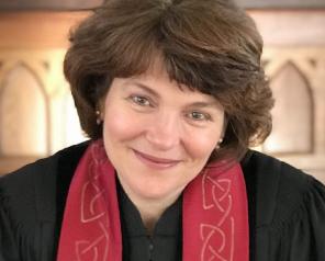 Rev. Susanne Receives Full Fellowship
